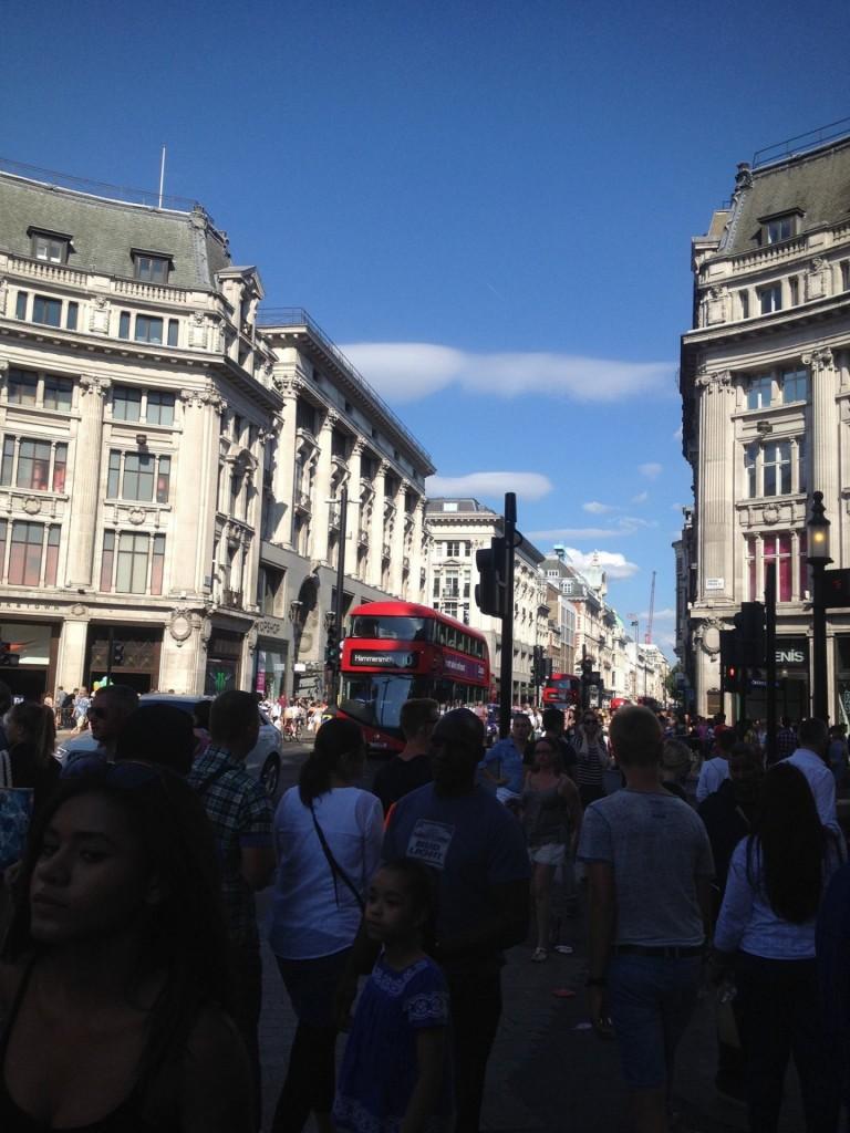 Shoppailua Lontoon Oxford Streetillä (nähtävyyksiä sitten joskus toisen kerran)