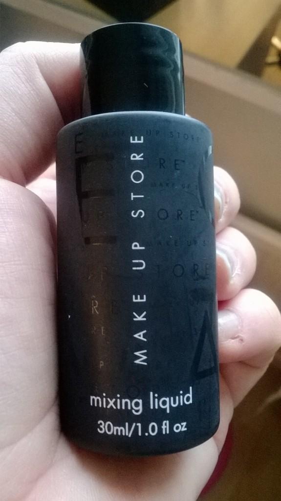 Make Up Storen Mixing Liquid