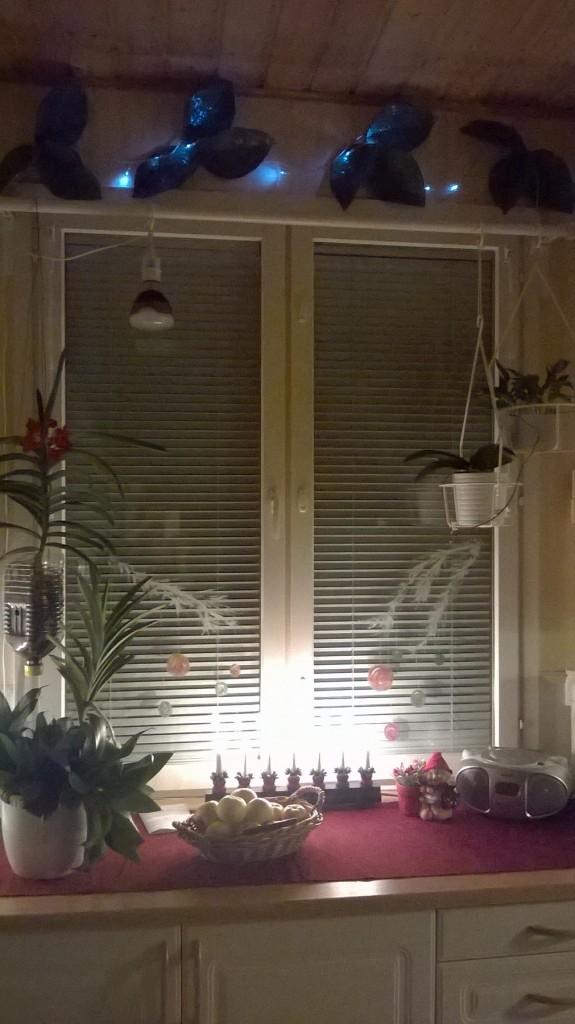 ss tuvan ikkuna jouluna