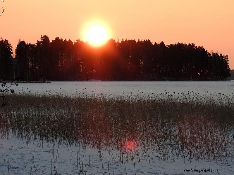 aurinko 2