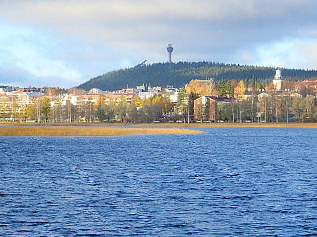Puijo ja Tuomiokirkko, Kuopion maamerkit varmistavat, ettei kaupungissa voi pahasti eksyä.